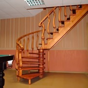Изготовление деревянных лестниц на заказ от производителя качественно