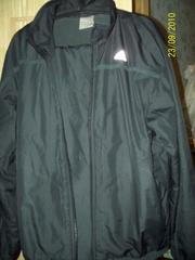 Продам спортивный утепленный костюм Адидас