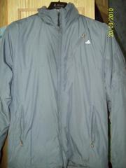 Продам спортивную утепленную куртку Адидас